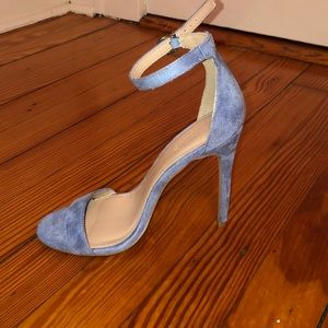 Light blue high heels (Never been worn)